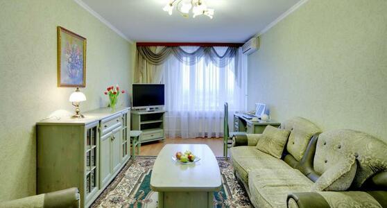 Комфортный семейный двухкомнатный номер в гостинице Восход